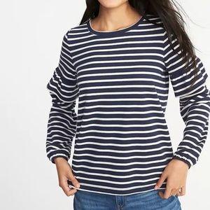 Old Navy XL Ruffle Sleeve Sweatshirt